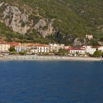 Poros (Kefalonia): The beach and sea front north of the harbour