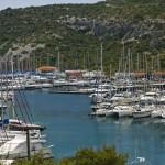 Kremik: Yachts in the marina