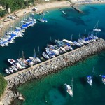 Parga: The yacht quay on the west side, with some interesting beach berthing