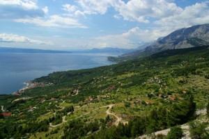 Podgora: The town, left at the foot of the lush green slopes