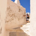 Thira: A rare alleyway that no one has yet managed to squeeze a shop in to!