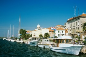 Sibenik: The yacht quay with the dome of the cathedral visible behind