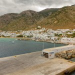 Kamares: Unusually empty quays in the small harbour