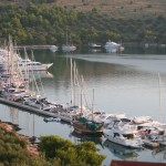 Zut: The ACI marina with yachts and motor cruisers on the single pontoon