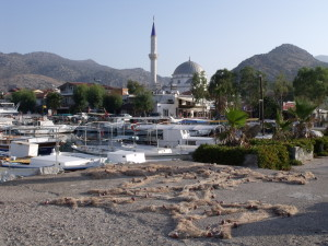Bozburun: Fishing nets ready for repair