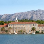 Badija: The monastery.