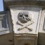Lastovo Town: Cemetery entrance