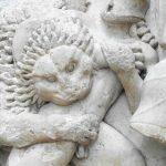 Delphi: Ooh err, a statue
