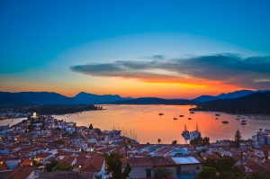 Poros: Sunset over the West Quay, pontoon (since expanded) and Navy Bay