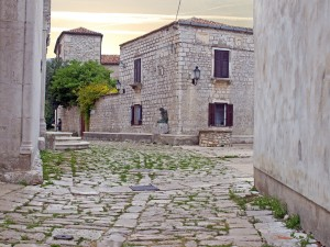Osor: A cobbled street in the village which pre dates Roman times