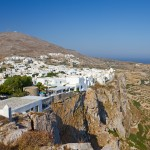 Folegandros Chora: The town perched on a cliff edge