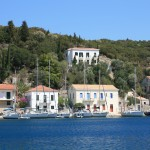 Kioni: The pretty village with yachts on the main (east) quay