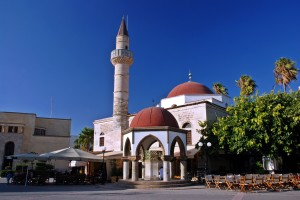 Kos Town: Mosque and cafe