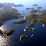 Mali Lago: The bay, centre left, between the islands of Lastovo, left, and Prezba, right