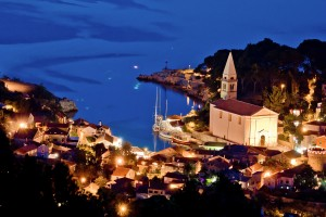 Veli Losinj: Doing its best to look like a model village