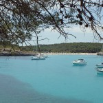 Mondrago: A bay large enough for yachts and swimmers