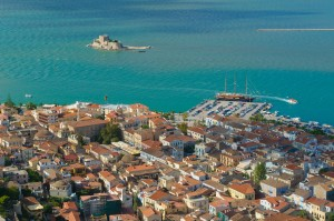 Nafplion: View over the quay showing the Bourtzi Fort in the bay