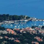 Novi Vinodolski: The harbour with several yachts on the jetty