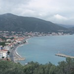 Tiros: The town with the harbour in the foreground, seen in winter