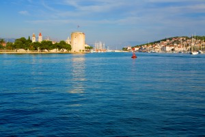Trogir: The town from the west, with the Kamerlengo Fortress left and marina right