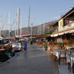 Datca: The harbour front is lined with restaurants and bars