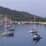 Kuruca Buku: Yachts at anchor in front of the buoyed off area