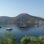 Kuruca Buku: Yachts at anchor