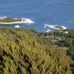 Saplunara: Yachts on mooring buoys